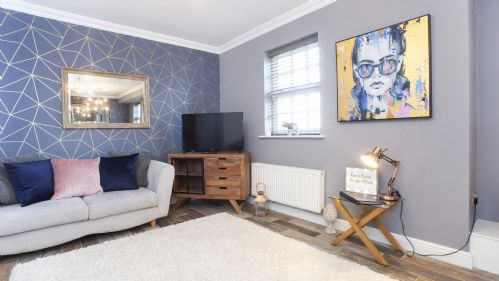 Upfront,up,front,reviews,accommodation,self,catering,rental,holiday,homes,cottages,feedback,information,genuine,trust,worthy,trustworthy,supercontrol,system,guests,customers,verified,exclusive,the station apartment- a stunning space, close to city centre,york boutique lets,york,,image,of,photo,picture,view