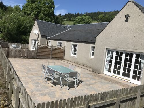 Upfront,up,front,reviews,accommodation,self,catering,rental,holiday,homes,cottages,feedback,information,genuine,trust,worthy,trustworthy,supercontrol,system,guests,customers,verified,exclusive,coach house 4,g & j brown farms,perth,,image,of,photo,picture,view