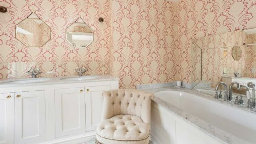 Penscombe House Bathroom - StayCotswold