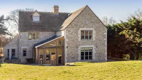 Upfront,up,front,reviews,accommodation,self,catering,rental,holiday,homes,cottages,feedback,information,genuine,trust,worthy,trustworthy,supercontrol,system,guests,customers,verified,exclusive,penscombe house,staycotswold,swinbrook,,image,of,photo,picture,view
