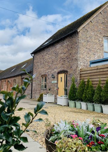 Upfront,up,front,reviews,accommodation,self,catering,rental,holiday,homes,cottages,feedback,information,genuine,trust,worthy,trustworthy,supercontrol,system,guests,customers,verified,exclusive,troopers barn,westhope country retreats,craven arms,,image,of,photo,picture,view