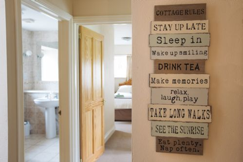 Upfront,up,front,reviews,accommodation,self,catering,rental,holiday,homes,cottages,feedback,information,genuine,trust,worthy,trustworthy,supercontrol,system,guests,customers,verified,exclusive,the dairy,portclew cottages,pembroke,,image,of,photo,picture,view