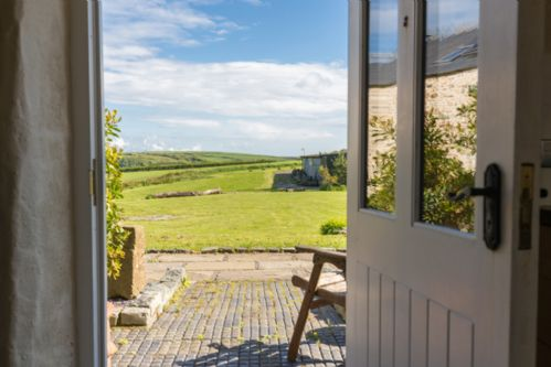 Upfront,up,front,reviews,accommodation,self,catering,rental,holiday,homes,cottages,feedback,information,genuine,trust,worthy,trustworthy,supercontrol,system,guests,customers,verified,exclusive,the barn,asheston house farm and barns,haverfordwest ,,image,of,photo,picture,view