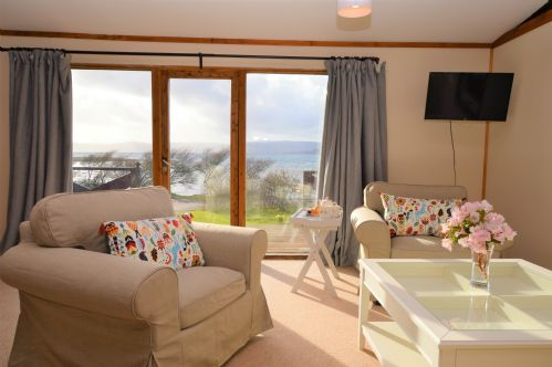 Upfront,up,front,reviews,accommodation,self,catering,rental,holiday,homes,cottages,feedback,information,genuine,trust,worthy,trustworthy,supercontrol,system,guests,customers,verified,exclusive,clamshell lodge,argyll self catering holidays,otter ferry,,image,of,photo,picture,view