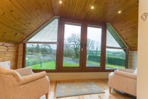 Upfront,up,front,reviews,accommodation,self,catering,rental,holiday,homes,cottages,feedback,information,genuine,trust,worthy,trustworthy,supercontrol,system,guests,customers,verified,exclusive,eirianfa,coastal holidays,menai bridge,,image,of,photo,picture,view