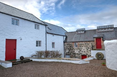 Upfront,up,front,reviews,accommodation,self,catering,rental,holiday,homes,cottages,feedback,information,genuine,trust,worthy,trustworthy,supercontrol,system,guests,customers,verified,exclusive,kiln wing, old corn mill,irish landmark trust,bushmills,,image,of,photo,picture,view