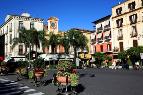 Upfront,up,front,reviews,accommodation,self,catering,rental,holiday,homes,cottages,feedback,information,genuine,trust,worthy,trustworthy,supercontrol,system,guests,customers,verified,exclusive,casa charlotte,rentals in italy srl,sorrento,,image,of,photo,picture,view