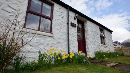 Upfront,up,front,reviews,accommodation,self,catering,rental,holiday,homes,cottages,feedback,information,genuine,trust,worthy,trustworthy,supercontrol,system,guests,customers,verified,exclusive,crombie cottage,cooper cottages,tyndrum,,image,of,photo,picture,view