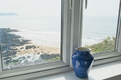 Upfront,up,front,reviews,accommodation,self,catering,rental,holiday,homes,cottages,feedback,information,genuine,trust,worthy,trustworthy,supercontrol,system,guests,customers,verified,exclusive,cliff house,holiday home hunter,mortehoe,,image,of,photo,picture,view