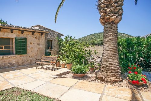 Upfront,up,front,reviews,accommodation,self,catering,rental,holiday,homes,cottages,feedback,information,genuine,trust,worthy,trustworthy,supercontrol,system,guests,customers,verified,exclusive,ca na bennassar,morgan & morgan fabulously good homes,pollenca,,image,of,photo,picture,view