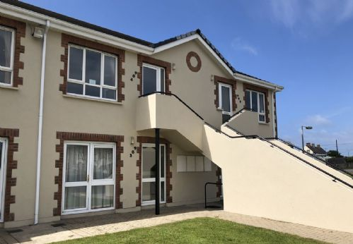 Kilkee Bay Holiday Apartment, Kilkee, Co. Clare 2 Bed - Sleeps 5 (Private Apartment)