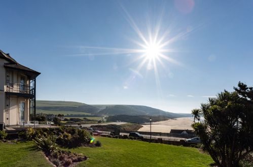 Upfront,up,front,reviews,accommodation,self,catering,rental,holiday,homes,cottages,feedback,information,genuine,trust,worthy,trustworthy,supercontrol,system,guests,customers,verified,exclusive,memory house,holiday home hunter,woolacombe,,image,of,photo,picture,view