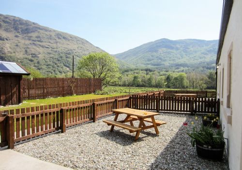 Upfront,up,front,reviews,accommodation,self,catering,rental,holiday,homes,cottages,feedback,information,genuine,trust,worthy,trustworthy,supercontrol,system,guests,customers,verified,exclusive,benmore byre,argyll self catering holidays,dunoon,,image,of,photo,picture,view
