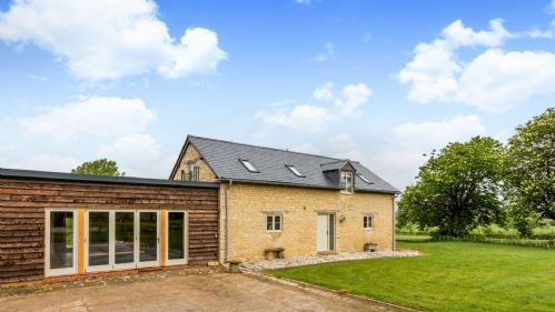 The Stables - Camden Farm - StayCotswold