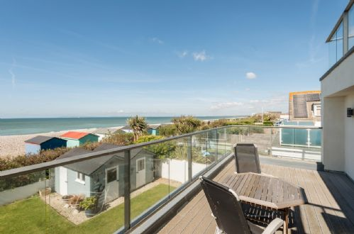 Upfront,up,front,reviews,accommodation,self,catering,rental,holiday,homes,cottages,feedback,information,genuine,trust,worthy,trustworthy,supercontrol,system,guests,customers,verified,exclusive,fleetwood,wellies & windbreaks,east wittering,,image,of,photo,picture,view