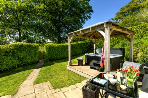 Upfront,up,front,reviews,accommodation,self,catering,rental,holiday,homes,cottages,feedback,information,genuine,trust,worthy,trustworthy,supercontrol,system,guests,customers,verified,exclusive,the coach house,kernock cottages,,,image,of,photo,picture,view