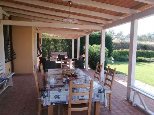 Villa Carla Tuscany, Pergola overlooking pool