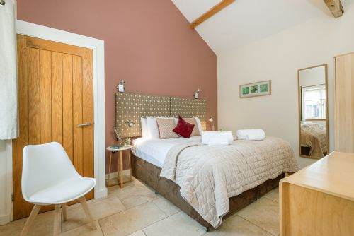Upfront,up,front,reviews,accommodation,self,catering,rental,holiday,homes,cottages,feedback,information,genuine,trust,worthy,trustworthy,supercontrol,system,guests,customers,verified,exclusive,coot,cranmer country cottages,fakenham,,image,of,photo,picture,view