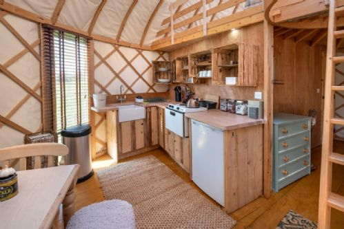 Upfront,up,front,reviews,accommodation,self,catering,rental,holiday,homes,cottages,feedback,information,genuine,trust,worthy,trustworthy,supercontrol,system,guests,customers,verified,exclusive,yurt leah,the garlic farm,newchurch,,image,of,photo,picture,view