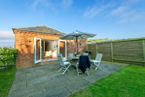 Upfront,up,front,reviews,accommodation,self,catering,rental,holiday,homes,cottages,feedback,information,genuine,trust,worthy,trustworthy,supercontrol,system,guests,customers,verified,exclusive,avocet,cranmer country cottages,fakenham,,image,of,photo,picture,view