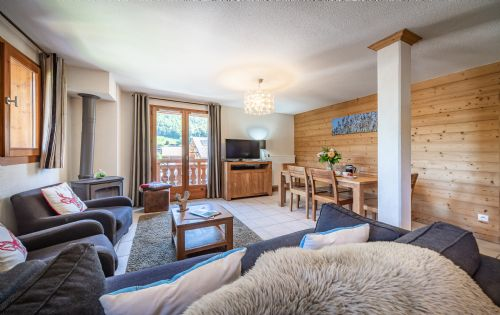 Upfront,up,front,reviews,accommodation,self,catering,rental,holiday,homes,cottages,feedback,information,genuine,trust,worthy,trustworthy,supercontrol,system,guests,customers,verified,exclusive,apartment 10 (2 bed),aiglon morzine ltd,morzine,,image,of,photo,picture,view