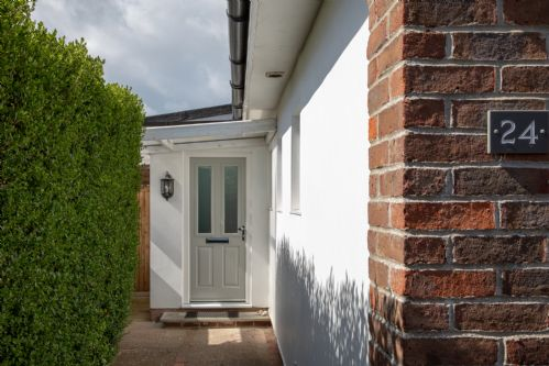 Upfront,up,front,reviews,accommodation,self,catering,rental,holiday,homes,cottages,feedback,information,genuine,trust,worthy,trustworthy,supercontrol,system,guests,customers,verified,exclusive,number twenty four,wellies & windbreaks,west wittering,,image,of,photo,picture,view