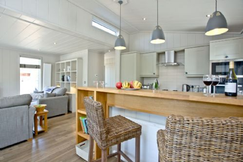 Upfront,up,front,reviews,accommodation,self,catering,rental,holiday,homes,cottages,feedback,information,genuine,trust,worthy,trustworthy,supercontrol,system,guests,customers,verified,exclusive,the retreat,strawberryfield park,cheddar,,image,of,photo,picture,view