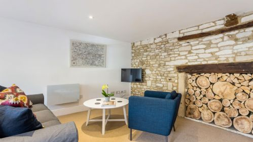 Windrush Apartment Lounge Area - StayCotswold