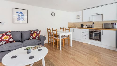Coln Apartment Living Area - StayCotswold