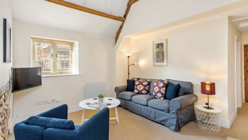Evenlode Apartment Lounge - StayCotswold