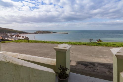 Upfront,up,front,reviews,accommodation,self,catering,rental,holiday,homes,cottages,feedback,information,genuine,trust,worthy,trustworthy,supercontrol,system,guests,customers,verified,exclusive,creg malin view,island escapes,peel, isle of man,,image,of,photo,picture,view