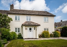 Gable Cottage, Corfe Castle. Sleeps 6 & baby