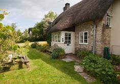 Cheesemans Cottage, Muckleford. Sleeps 4 & baby.
