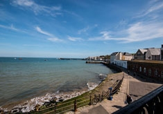 Balcony Apartment, Swanage. Sleeps 4 & baby