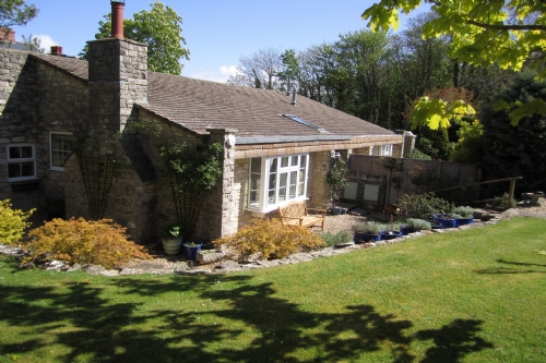 Woody Hollow, Swanage. Sleeps 4 & baby
