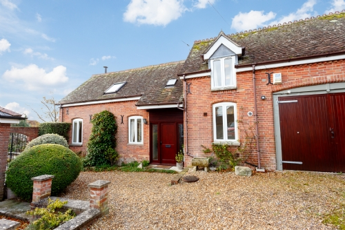 Coach House, Wareham.  Sleeps 6 & Baby