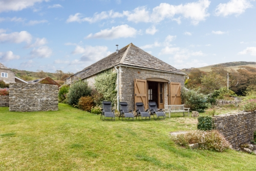 The Stone Barn, Kimmeridge.  Sleeps 10 & Baby