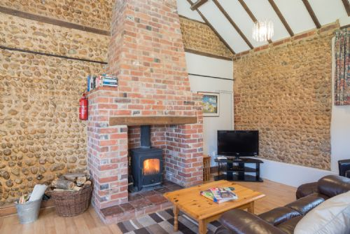 Upfront,up,front,reviews,accommodation,self,catering,rental,holiday,homes,cottages,feedback,information,genuine,trust,worthy,trustworthy,supercontrol,system,guests,customers,verified,exclusive,willow cottage,wood farm cottages ltd,melton constable,,image,of,photo,picture,view