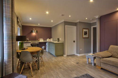 Upfront,up,front,reviews,accommodation,self,catering,rental,holiday,homes,cottages,feedback,information,genuine,trust,worthy,trustworthy,supercontrol,system,guests,customers,verified,exclusive,thistle apartment ,thistle holiday lets,golspie,,image,of,photo,picture,view