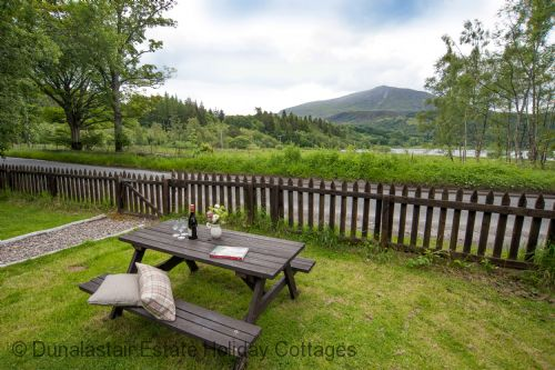 Upfront,up,front,reviews,accommodation,self,catering,rental,holiday,homes,cottages,feedback,information,genuine,trust,worthy,trustworthy,supercontrol,system,guests,customers,verified,exclusive,old post office,dunalastair estate holiday cottages,kinloch rannoch,,image,of,photo,picture,view