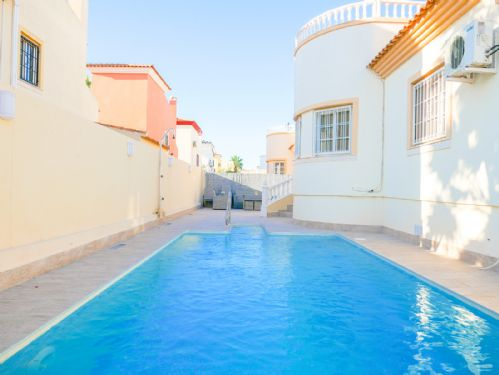 86.  Detached Villa with Private Pool - 3 Bedrooms and 2 Bathrooms in Playa Flamenca - Sleeps 6