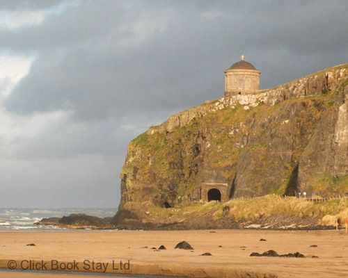 Upfront,up,front,reviews,accommodation,self,catering,rental,holiday,homes,cottages,feedback,information,genuine,trust,worthy,trustworthy,supercontrol,system,guests,customers,verified,exclusive,portrush - hope cottage,click book stay ltd,portrush,northern ireland,image,of,photo,picture,view