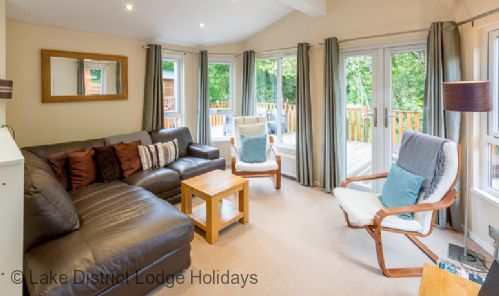 Upfront,up,front,reviews,accommodation,self,catering,rental,holiday,homes,cottages,feedback,information,genuine,trust,worthy,trustworthy,supercontrol,system,guests,customers,verified,exclusive,roe deer lodge,lake district lodge holidays,kirkstone 28,,image,of,photo,picture,view