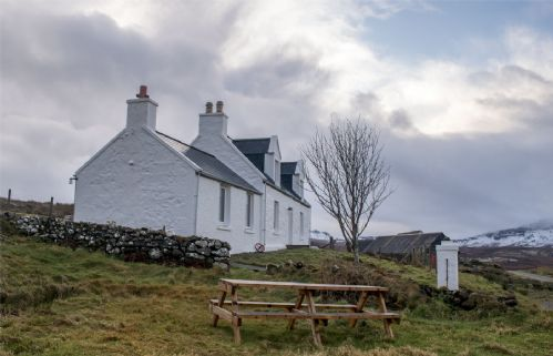 Upfront,up,front,reviews,accommodation,self,catering,rental,holiday,homes,cottages,feedback,information,genuine,trust,worthy,trustworthy,supercontrol,system,guests,customers,verified,exclusive,ben edra croft ,islands and highlands cottages,staffin,,image,of,photo,picture,view