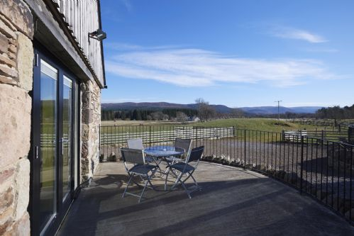 Upfront,up,front,reviews,accommodation,self,catering,rental,holiday,homes,cottages,feedback,information,genuine,trust,worthy,trustworthy,supercontrol,system,guests,customers,verified,exclusive,clava cottage,gask house farm holidays,inverness,,image,of,photo,picture,view