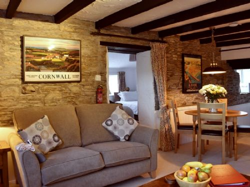 Upfront,up,front,reviews,accommodation,self,catering,rental,holiday,homes,cottages,feedback,information,genuine,trust,worthy,trustworthy,supercontrol,system,guests,customers,verified,exclusive,linney cottage,cartole cottages,looe,,image,of,photo,picture,view