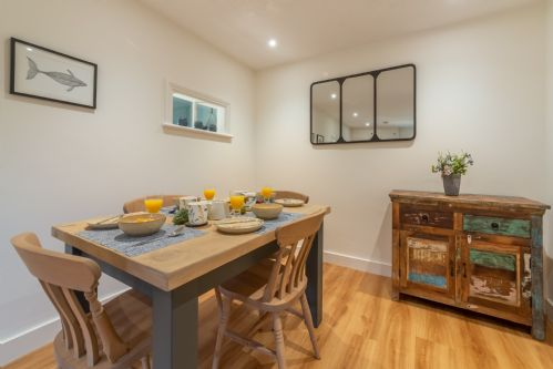 Upfront,up,front,reviews,accommodation,self,catering,rental,holiday,homes,cottages,feedback,information,genuine,trust,worthy,trustworthy,supercontrol,system,guests,customers,verified,exclusive,peony cottage,norfolk hideaways,helhoughton ,,image,of,photo,picture,view