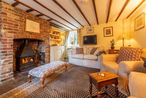 Pear Tree Cottage (B)
