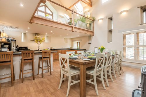 Upfront,up,front,reviews,accommodation,self,catering,rental,holiday,homes,cottages,feedback,information,genuine,trust,worthy,trustworthy,supercontrol,system,guests,customers,verified,exclusive,broadmea barn,broadmea holiday accommodation,brampton ,,image,of,photo,picture,view