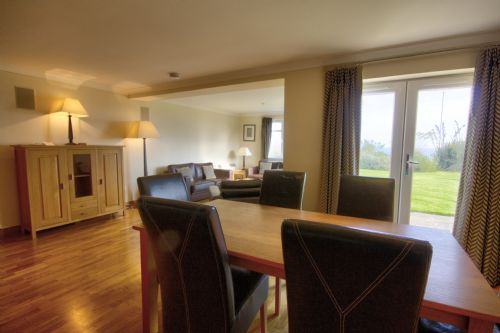 Upfront,up,front,reviews,accommodation,self,catering,rental,holiday,homes,cottages,feedback,information,genuine,trust,worthy,trustworthy,supercontrol,system,guests,customers,verified,exclusive,no. 2 the links,thistle holiday lets,brora,,image,of,photo,picture,view